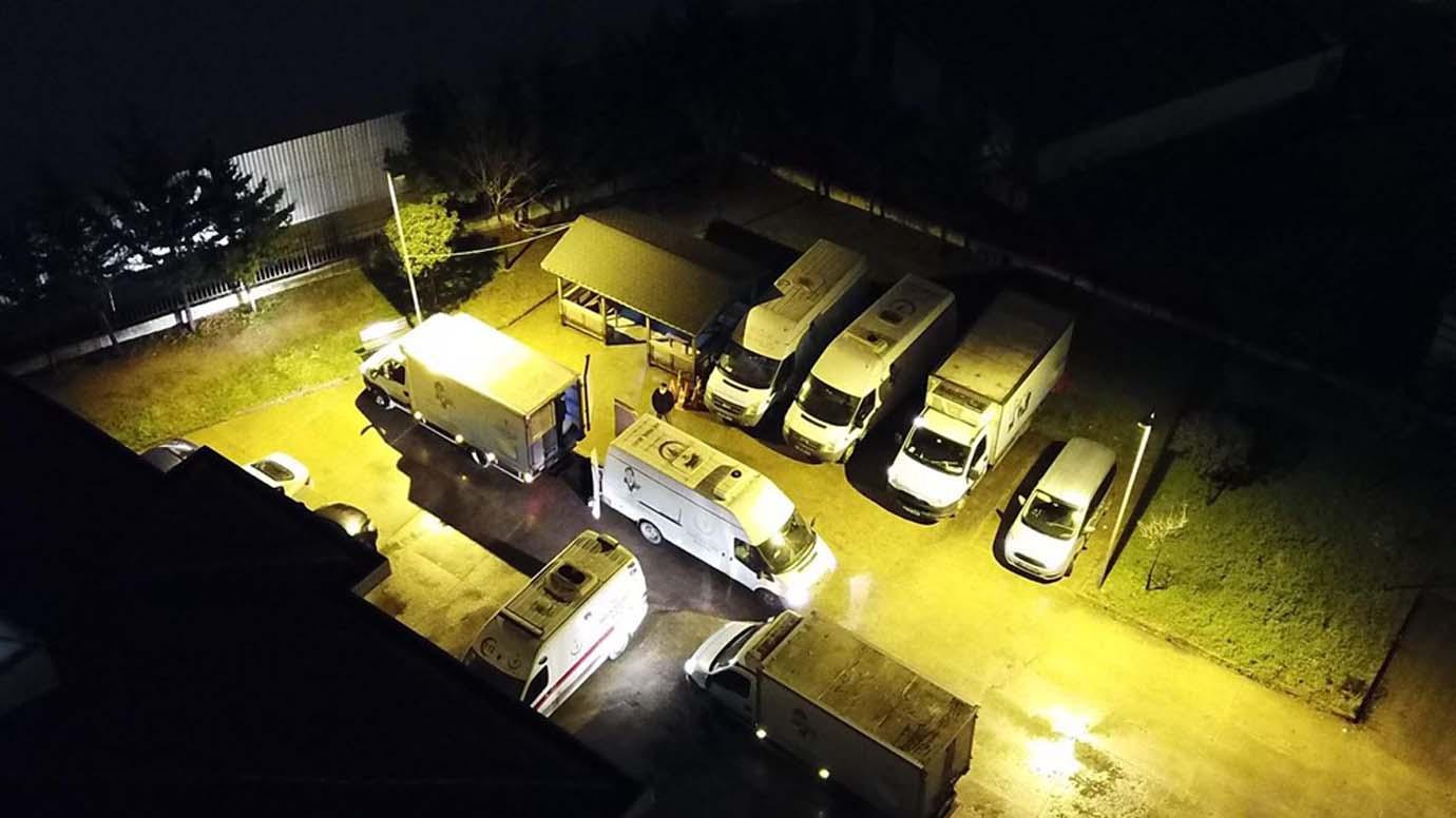 İstanbul'da aşı dağıtımı başladı! Araç çıkışları havadan görüntülendi