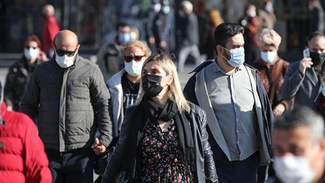 Türkiye'de son 24 saatte 7 bin 550 yeni vaka tespit edidi
