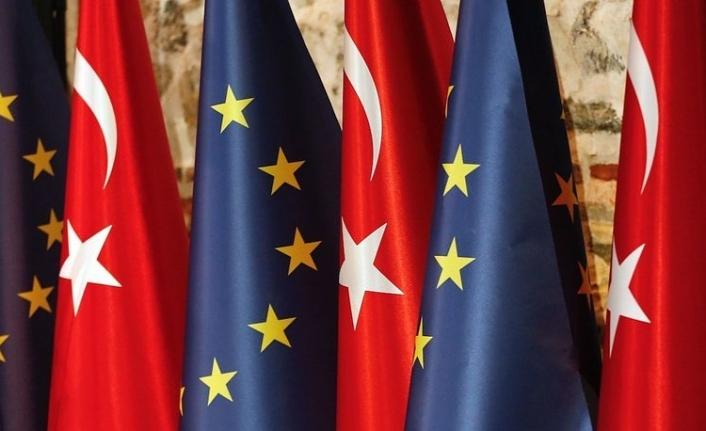 AB'den Türkiye'ye ılımlı mesaj: Dinamikleri değiştirebiliriz