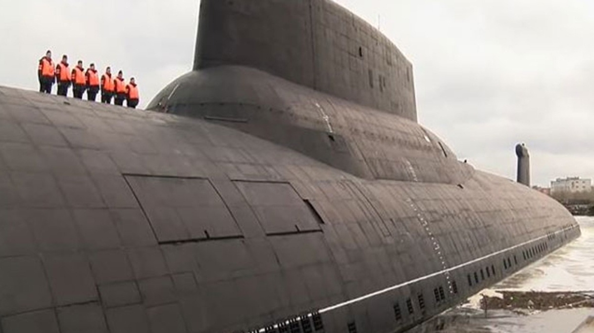"""Dünyanın en büyük denizaltısıydı... """"Köpekbalığı"""" emekliye ayrılıyor"""