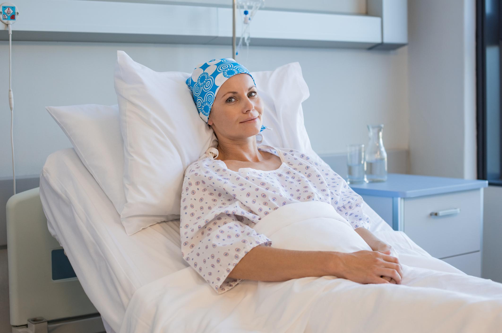 Kadınlar Kovid-19'den kaçarken kansere yakalanıyor