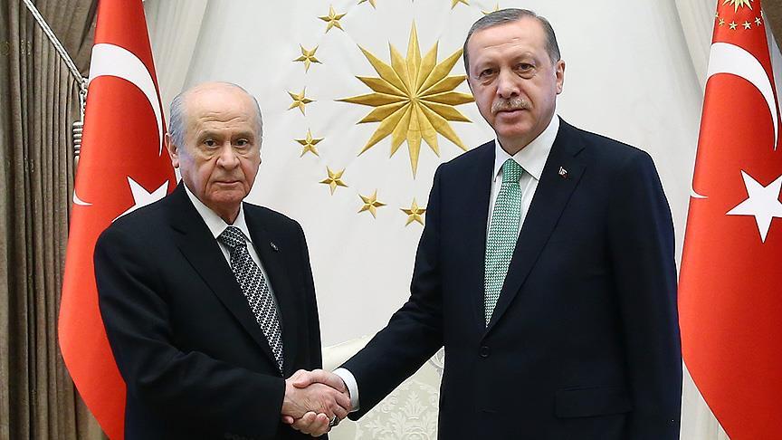 """Başkan Erdoğan'ın """"yeni anayasa"""" çağrısına Bahçeli'den ilk yorum"""