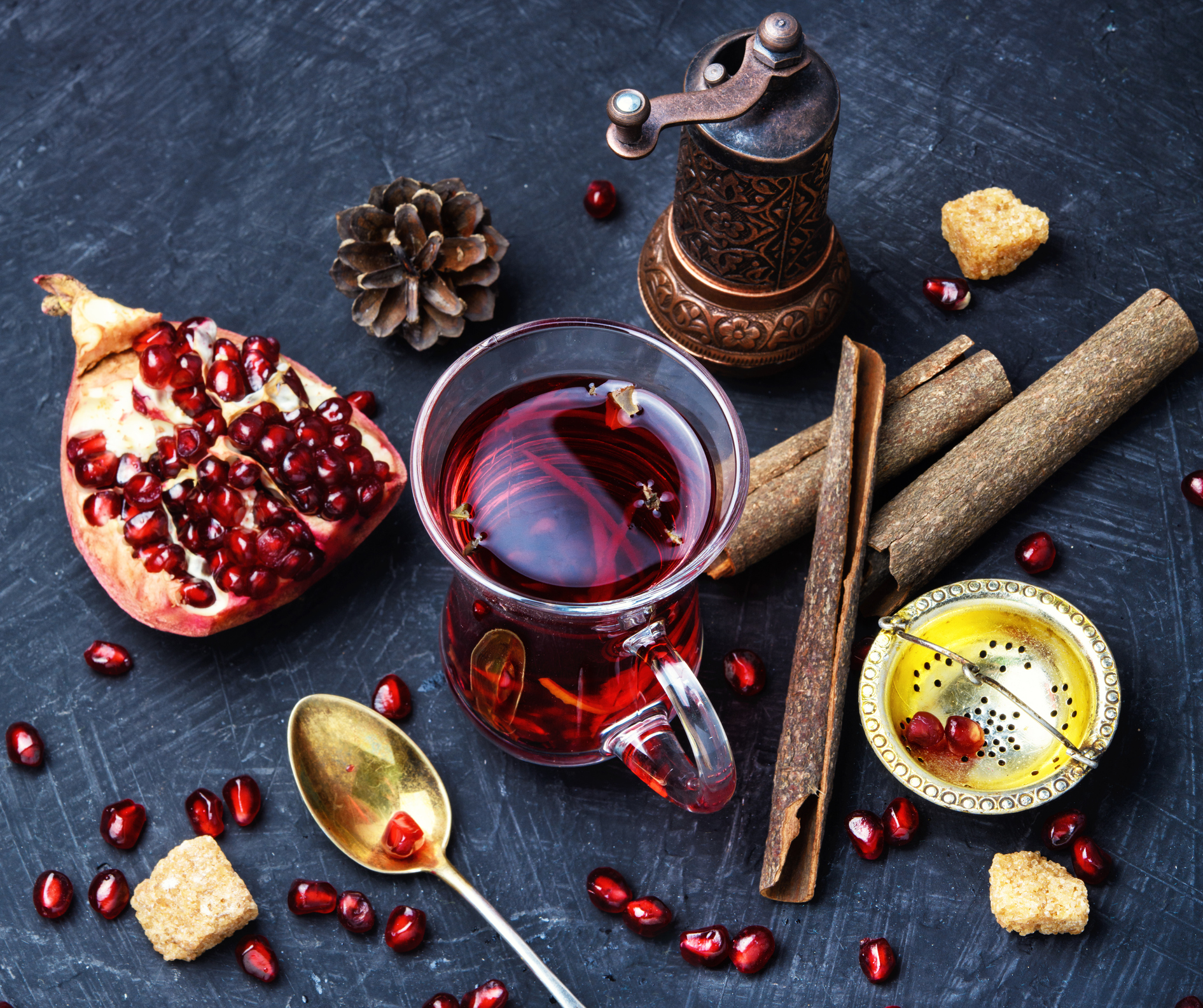 Kolesterolün doğal ilacı: nar kabuğu çayı