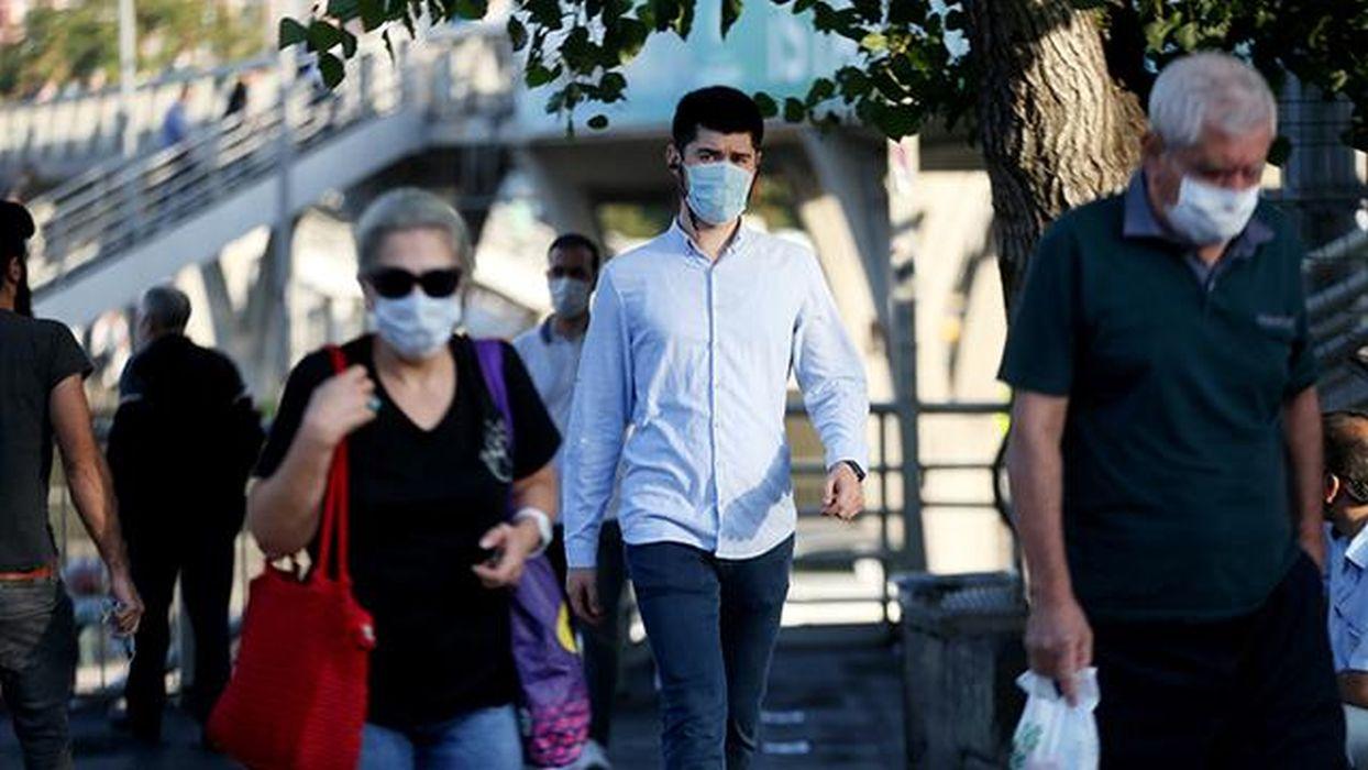 Türkiye'de son 24 saatte 11 bin 302 yeni vaka tespit edildi
