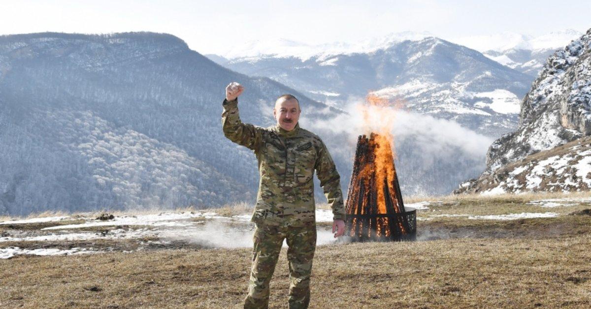 Aliyev, Nevruz ateşini Şuşa'da yaktı