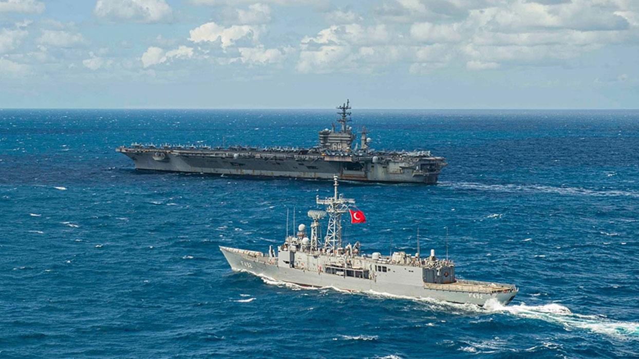MSB paylaştı! Türkiye ve ABD gemileri Doğu Akdeniz'de