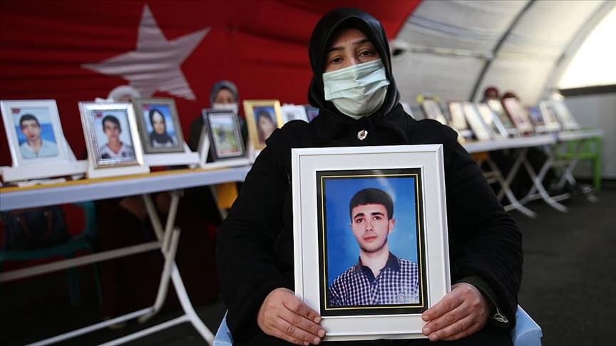 Diyarbakır annelerinden Elhaman: Anneler pes etmeyecek