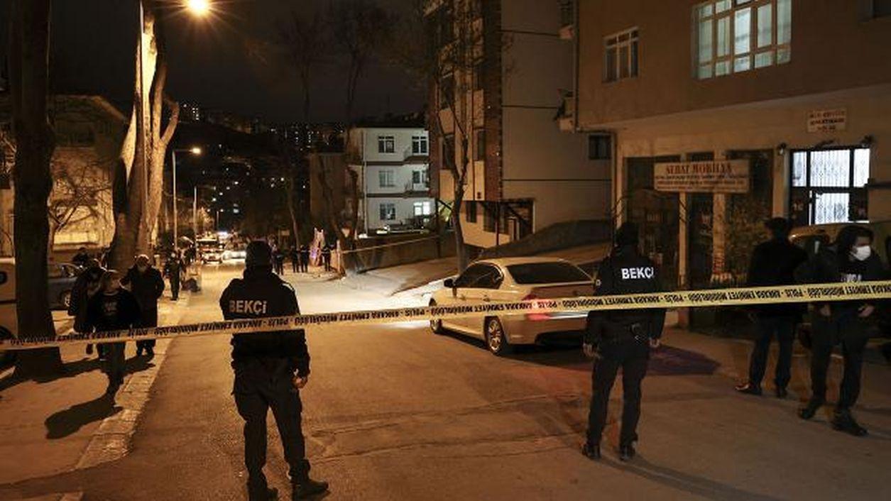 Ankara'da 8 katlı binada çökme tehlikesi