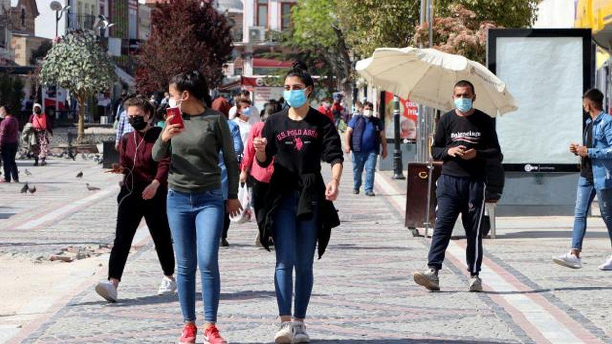Türkiye'de vaka sayısı 13 binlerde