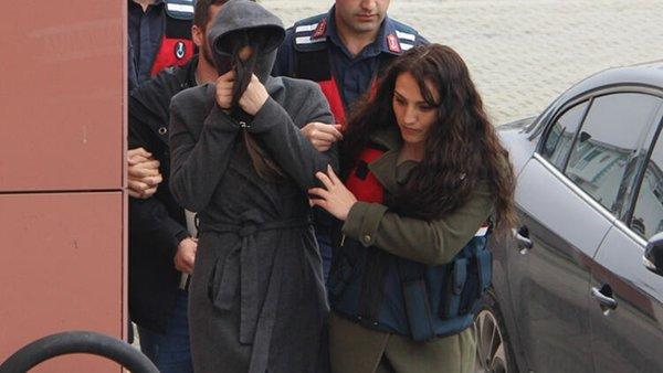 Emre Aşık'ın eski eşi Yağmur Aşık, cezaevi firarisiyle yakalandı! Çıkarıldığı mahkemece serbest kaldı