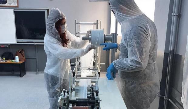Milli Eğitim Bakanlığı cerrahi maske makinesi üretti
