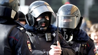 """""""Rusya salgının gerçek boyutunu saklanıyor""""diyen doktora gözaltı"""