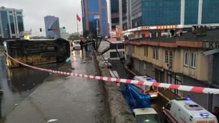 Sıradışı kaza! 4 yaralı