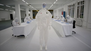 Haftada 1 milyon maske 5 bin tulum üretiliyor!
