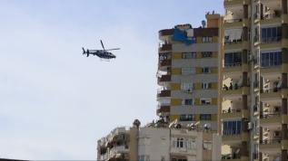 Polis virüse karşı bu kez havadan uyardı! Vatandaş balkonlara koştular