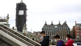 İngiltere'de 24 saatte 621 kişi öldü