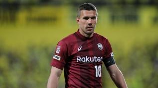 Koronavirüsü Lukas Podolski'yi de vurdu