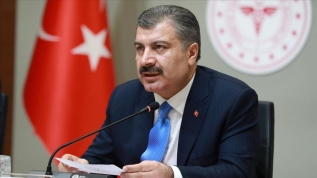 Sağlık Bakanı Koca: Türkiye'de toplam can kaybı sayısı 725'e ulaştı