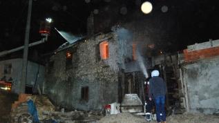 Çanakkale'nin Bayramiç ilçesinde korkutan yangın