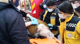 Evin bodrumunda mahsur kalan kadını itfaiye kurtardı