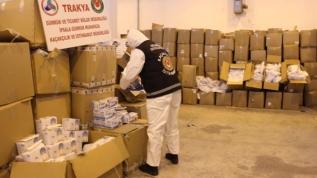 İpsala Sınır Kapısında 767 bin tıbbi maske ele geçirildi