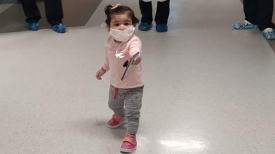 13 aylık bebek koronavirüsü yendi