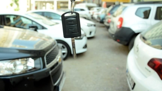 2. el araç satışları frene bastı!