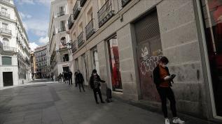 İspanya'da koronavirüsten son 24 saatte 605 kişi öldü