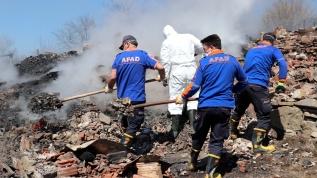 Kastamonu'da korkutan yangın! 3 katlı bina yandı