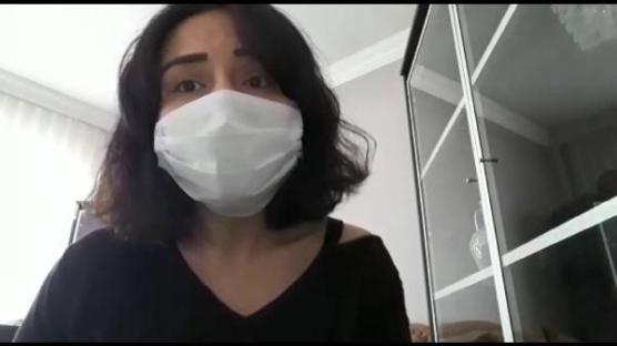 Koronavirüs yenen ve taburcu olan Özge hemşire uyardı: Evde bir hafta yalnız kalmak, hastanede yaşam mücadelesi vermekten çok daha iyi