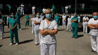 İspanya'da sağlık çalışanları eylem yaptı