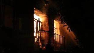 Kırklareli'nde iki katlı metruk binada yangın çıktı