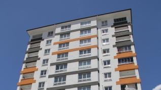 Kayseri'de, Kovid-19 tespit edilen 12 katlı apartman karantinaya alındı