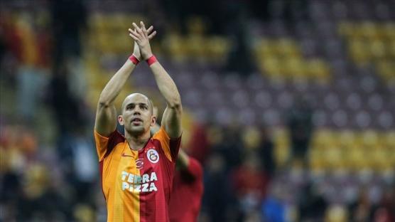 Galatasaraylı futbolcu Feghouli üçüncü kez baba oldu