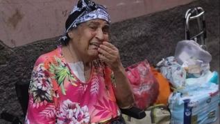Sokağa atılan yaşlı kadın isyan etti: Hayvana bile yapılmaz!