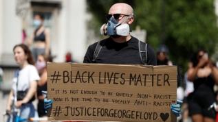 ABD'deki ırkçı saldırıya karşılık başlatılan gösteriler 3 ülkeye daha sıçradı