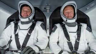Dragon kapsülü, Uluslararası Uzay İstasyonu'na kilitlendi
