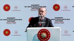 Başkan Erdoğan'dan İstanbul'un fethine 'işgal' diyenlere sert tepki