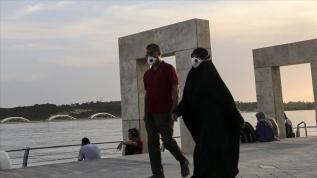 İran'da Kovid-19'dan ölenlerin sayısı 7 bin 878'e yükseldi