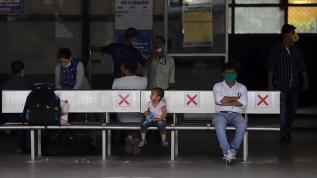 Hindistan'da son 24 saatte 8 bin 909 Kovid-19 vakası görüldü