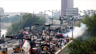 Irak'ta sokağa çıkma yasağı protesto edildi