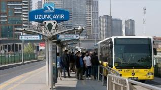 İstanbul Hıfzıssıhha Kurulu'ndan ayakta yolcu taşıyan otobüs ve metrobüslarda yolcu kapasitesi kararı