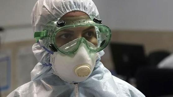 Korkulan oldu: Koronavirüsü 12 kişiye böyle bulaştırmış!