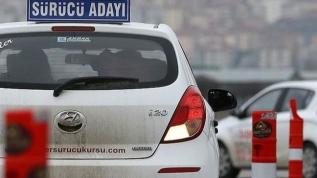 Milli Eğitim Bakanlığı açıkladı! Ehliyet kursu ve sınavlarında yeni önlem: Trafik adam