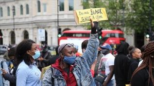 Londra'daki George Floyd gösterisinde arbede yaşandı