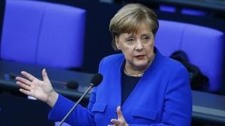 Merkel: Irkçılık sadece ABD'de değil, Almanya'da da bir sorundur