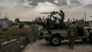 Suriye'de sıcak saatler! ABD askerleri Rusların önünü kesti...
