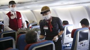 """Uçak yolculuğunda """"fiziki temassızlık"""" kriteri"""