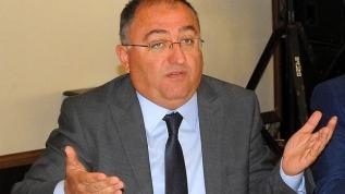 Görevden uzaklaştırılan CHP'li Yalova Belediye Başkanı Vefa Selman'ın skandalları tek tek ortaya çıkıyor