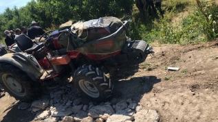 Isparta'da devrilen traktörün altında kalan kişi öldü